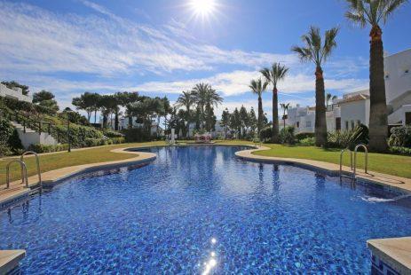 Nieruchomość. Los Monteros apartament Hiszpania Costa del Sol