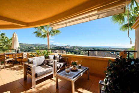 Elviria Hills apartament na sprzedaż. Nieruchomości Hiszpania