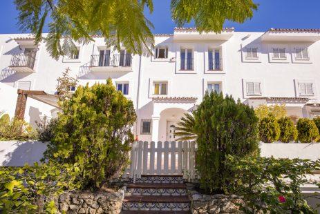 Piękny dom szeregowy w Andaluzji Hiszpania La Quinta Golf