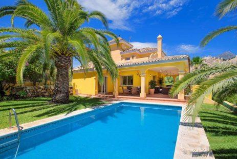 hiszpania domy los naranjos hill