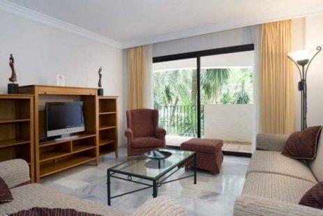 Hiszpania nieruchomości apartament Puerto Banus