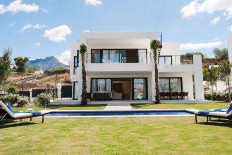 Nowe wille w Hiszpanii Nueva Andalucia Costa del Sol