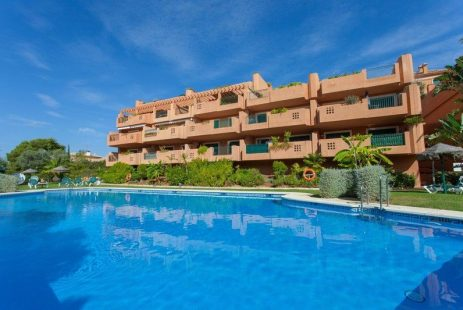Espana inmobiliaria. Apartament w Cabopino