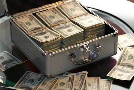 Gdzie inwestować gotówkę pieniądze w co inwestować