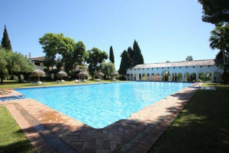 Hiszpania nieruchomości Senorio de Marbella apartament Golden Mile